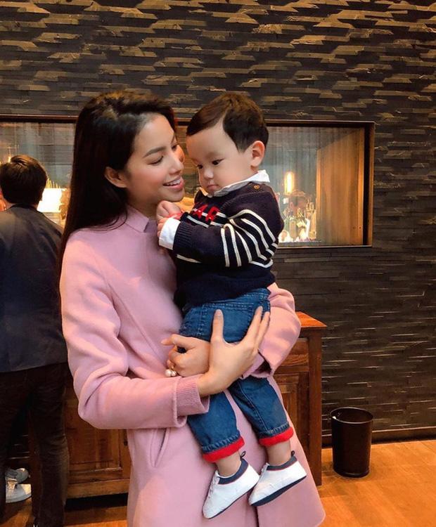 HH Phạm Hương từ ngày bỏ showbiz đi Mỹ định cư: Sống trong lâu đài trắng, xế hộp đầy nhà, chồng đại gia chiều hết ý-11
