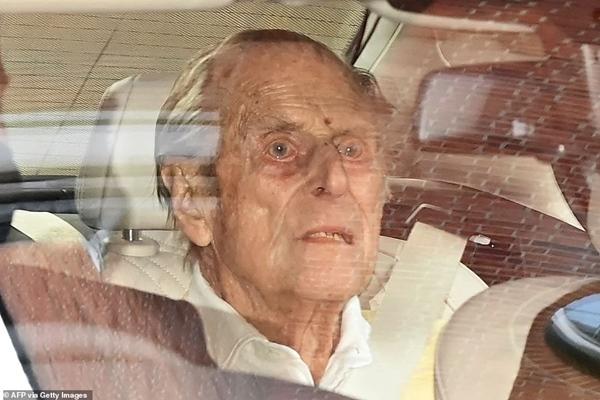 Những hình ảnh cuối cùng của chồng Nữ hoàng Anh - Hoàng tế Philip, trước khi qua đời ở tuổi 99-5