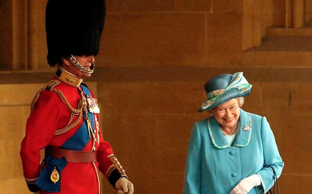 Chuyện tình 7 thập kỷ của Hoàng thân Philip và Nữ hoàng Anh qua lời người trong cuộc: Trân trọng từ những điều nhỏ nhất, ở bên nhau đến đầu bạc răng long-3