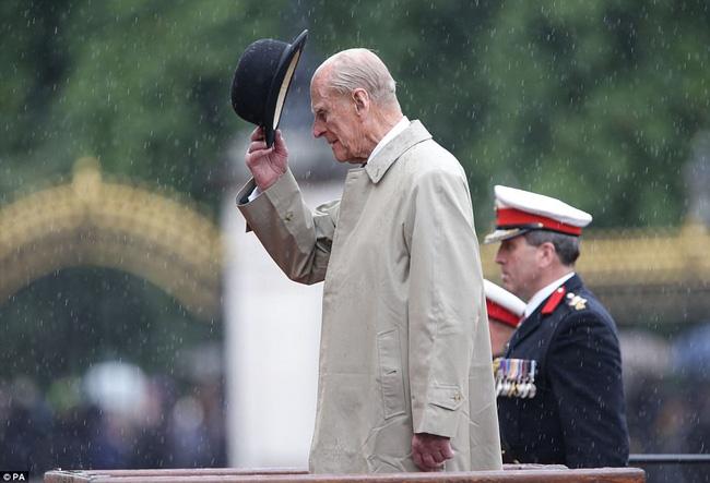 Nhìn lại những dấu ấn không thể nào quên của Hoàng tế Philip trong suốt cuộc đời-17