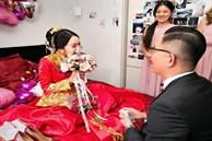 """Ngày cưới, mẹ chồng phủ đầu con dâu bằng """"quy tắc làm dâu"""", không ngờ ngoài cửa một người bước vào khiến bà hoảng hốt"""