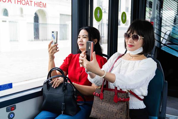 Trải nghiệm 'cực chất' với xe buýt điện đầu tiên ở Việt Nam-4