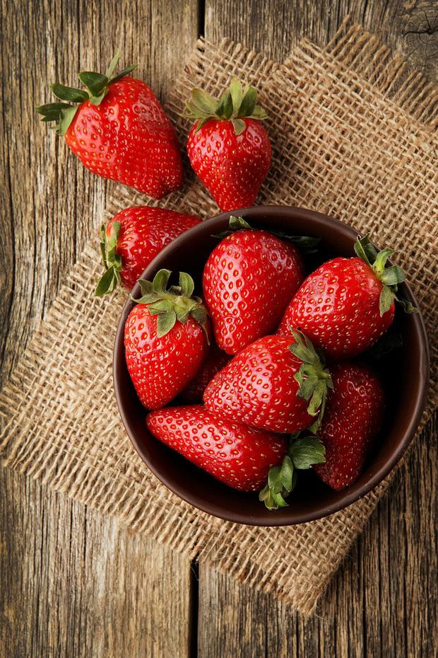 10 loại thực phẩm tồn dư ᴛʜυṓс bảo vệ thực vật nhiều nhất, rau mồng tơi xếp thứ 2, loại quả đứng vị trí thứ nhất không bất ngờ-2