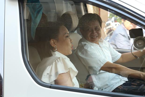 Nói là làm, NS Việt Hương chuyển khoản nóng 1 tỷ đồng đặt cọc mua xe cứu thương ủng hộ ông Đoàn Ngọc Hải-3