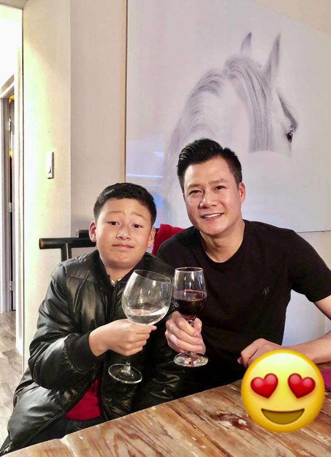Chỉ 1 động thái nhỏ trên Facebook, Jennifer Phạm và chồng cũ Quang Dũng bỗng được khen ngợi hết lời: Dạy con văn minh quá!-2