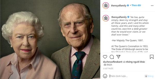 Một ngày sau khi Hoàng tế Philip qua đời, Nữ hoàng Anh có động thái đầu tiên khiến nhiều người rơi nước mắt-1