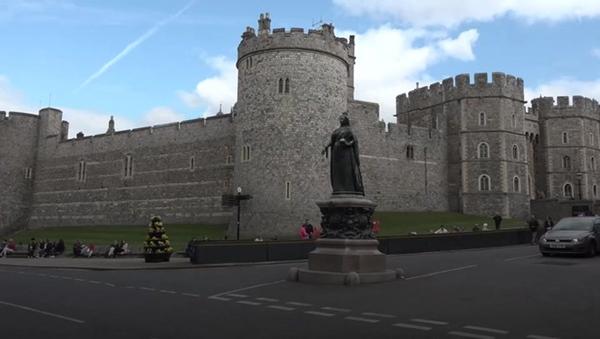 Tiết lộ nơi cất giữ thi hài Hoàng tế Philip cho tới khi Nữ hoàng qua đời, nguyên nhân sâu xa khiến công chúng tuôn trào nước mắt-2
