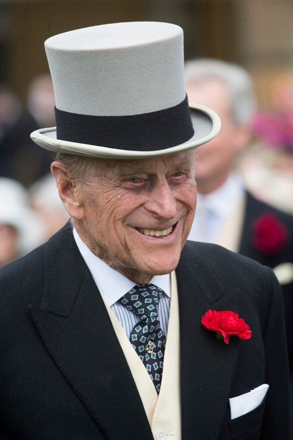 Tiết lộ nơi cất giữ thi hài Hoàng tế Philip cho tới khi Nữ hoàng qua đời, nguyên nhân sâu xa khiến công chúng tuôn trào nước mắt-6