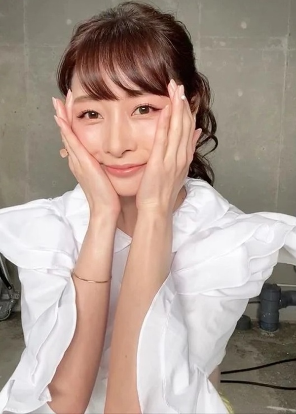 Quý cô người Nhật 44 tuổi da vẫn đẹp như gái 20 hé lộ lịch trình chăm da một ngày, hóa ra lại đơn giản vô cùng-5