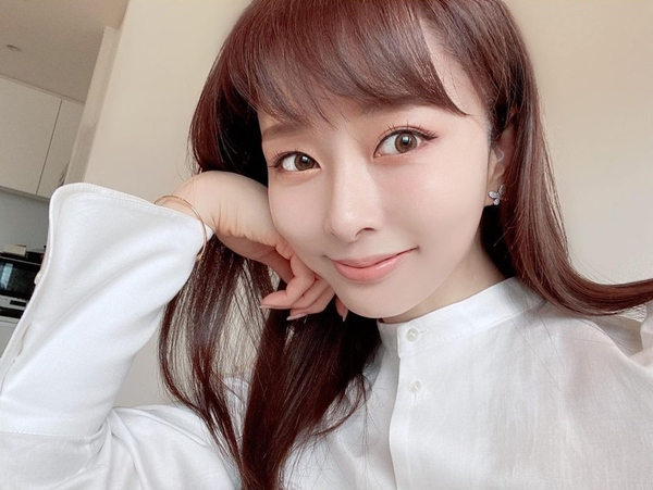 Quý cô người Nhật 44 tuổi da vẫn đẹp như gái 20 hé lộ lịch trình chăm da một ngày, hóa ra lại đơn giản vô cùng-7