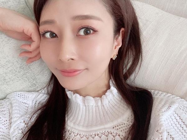 Quý cô người Nhật 44 tuổi da vẫn đẹp như gái 20 hé lộ lịch trình chăm da một ngày, hóa ra lại đơn giản vô cùng-8