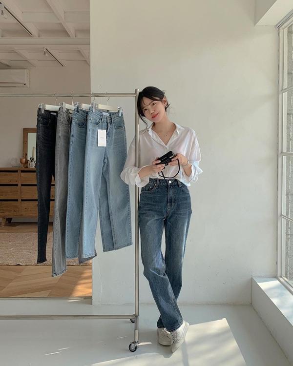 """Học nàng blogger Hàn cách diện jeans đỉnh của chóp"""": Vừa hack dáng vừa thanh lịch để đến sở làm-4"""