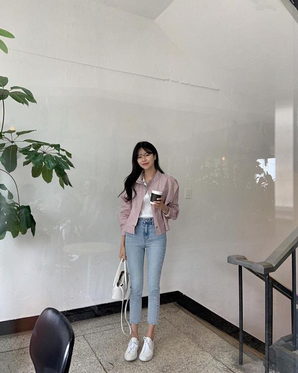 """Học nàng blogger Hàn cách diện jeans đỉnh của chóp"""": Vừa hack dáng vừa thanh lịch để đến sở làm-6"""