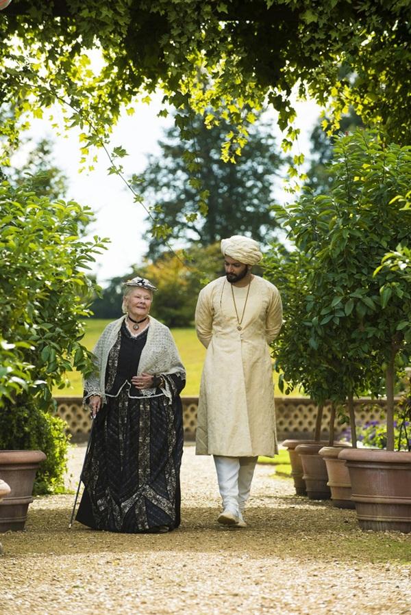 Nữ hoàng Anh và mối tình kỳ lạ với nam sủng kém 44 tuổi bị coi là bê bối bậc nhất lịch sử Hoàng gia-3
