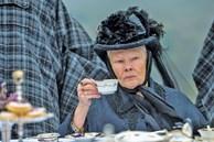 Nữ hoàng Anh và mối tình kỳ lạ với 'nam sủng' kém 44 tuổi bị coi là bê bối bậc nhất lịch sử Hoàng gia