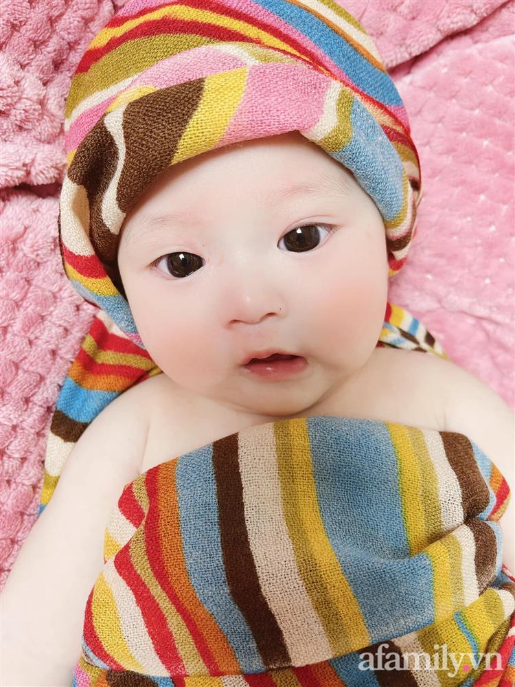 Tiết lộ danh tính bé gái Việt xuất hiện trong bộ phim đình đám Hàn Quốc - Penthouse, ngoài đời gây sốt vì gương mặt xinh như búp bê-5