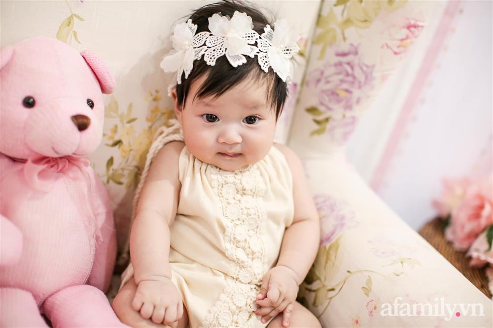 Tiết lộ danh tính bé gái Việt xuất hiện trong bộ phim đình đám Hàn Quốc - Penthouse, ngoài đời gây sốt vì gương mặt xinh như búp bê-11
