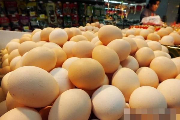 3 loại trứng tuyệt đối đừng nên mua, vừa không tốt cho sức khỏe vừa có thể gây bệnh, đặc biệt là loại thứ 3 được nhiều người yêu thích-1