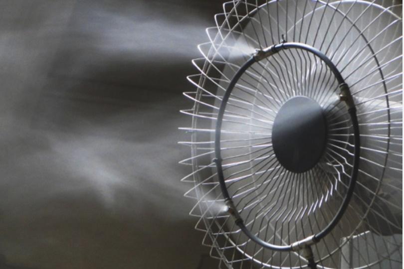 Mùa hè nên chọn mua quạt phun sương, quạt điều hòa hay điều hòadi động? Nếu không biết những điềunày bạn dễ chọn nhầm món cho gia đình-1