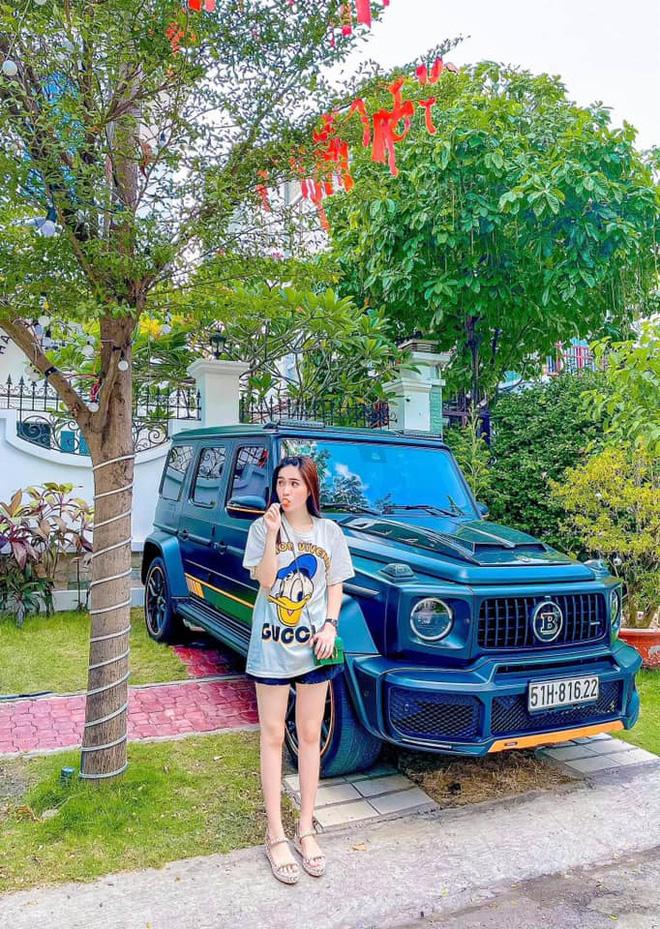 Nhan sắc gợi cảm, cuộc sống siêu giàu của ca sĩ chi 7,5 tỷ mời Quách Thái Công thiết kế nhà-10