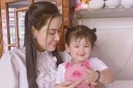 Con gái nhỏ ôm kỉ vật của Vân Quang Long, vợ 2 cầu xin một nữ ca sĩ thực hiện điều này