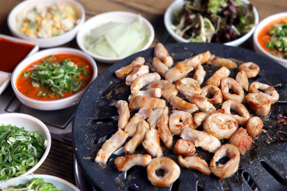 Hãi hùng sự thật 4 loại thực phẩm hạn chế gọi khi ăn buffet lẩu nướng-10