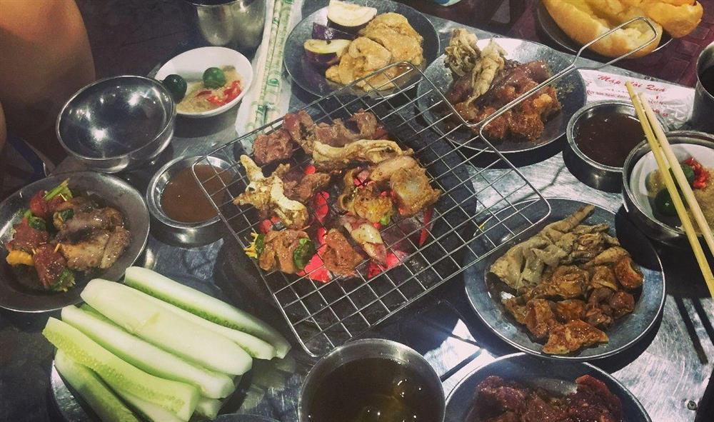 Hãi hùng sự thật 4 loại thực phẩm hạn chế gọi khi ăn buffet lẩu nướng-2