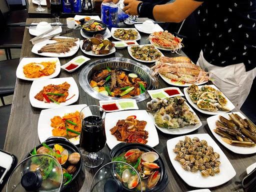 Hãi hùng sự thật 4 loại thực phẩm hạn chế gọi khi ăn buffet lẩu nướng-3