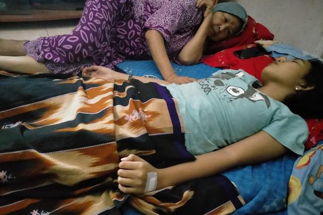 Quá lo lắng vì con gái 16 tuổi ngủ li bì trong 7 ngày liên tục, bố mẹ vác con đi khám rồi sững sờ khi biết con mắc hội chứng công chúa ngủ trong rừng-2