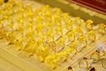 Giá vàng hôm nay 15/4: Biến động mạnh theo tăng giảm USD-2