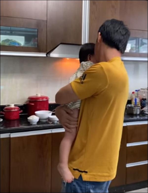 Quách Ngọc Ngoan tiết lộ sở thích chuẩn con nhà nòi cực đáng yêu của con gáichung với Phượng Chanel-5