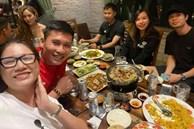 Vợ chồng Công Phượng đi ăn cùng người mẫu Trang Trần, nhan sắc Viên Minh tiếp tục là tâm điểm chú ý