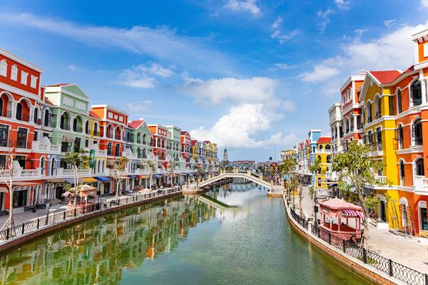 Tiềm năng du lịch bán lẻ ở 'thành phố không ngủ' của Việt Nam-4