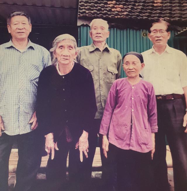 Hy hữu 5 chị em ruột ở Hà Tĩnh có tuổi thọ từ 85 đến 97 đều khỏe mạnh, minh mẫn-3