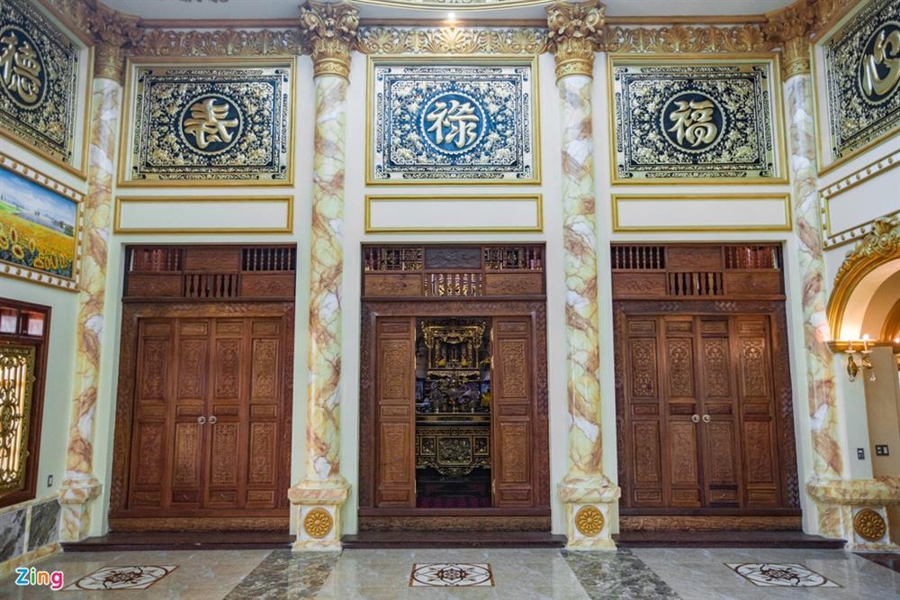 Bên trong tòa lâu đài màu vàng tự thiết kế của ông chủ lò gạch-13