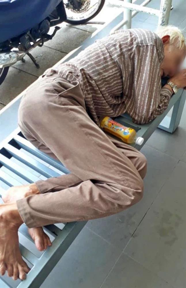 Buồn con cái không nuôi mình, cụ ông leo lên cầu Sài Gòn nhảy xuống sông tự tử giữa trưa nắng-2