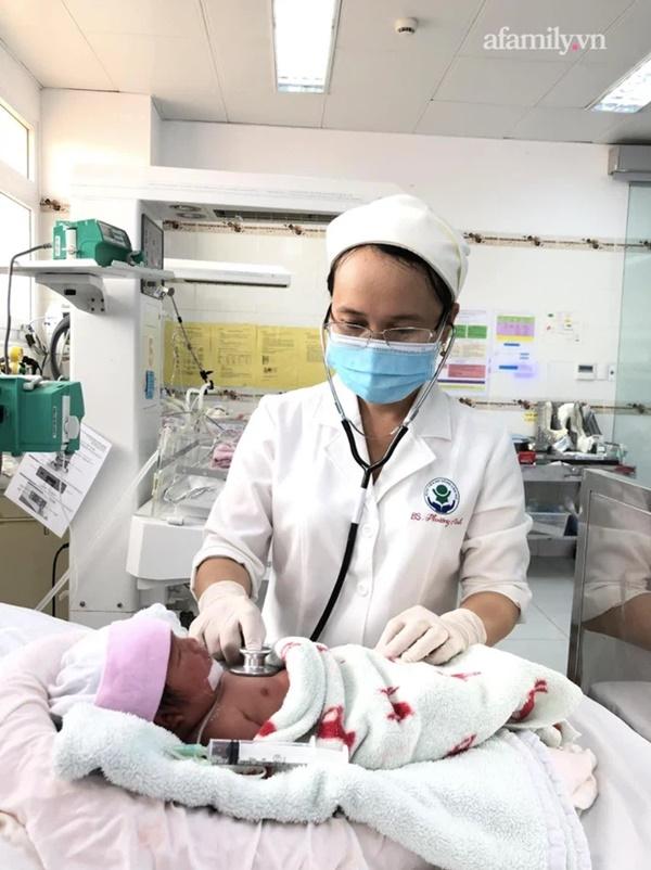 2 bệnh viện ở Cần Thơ phối hợp cứu mẹ con sản phụ bị căn bệnh nặng hiếm gặp trong thai kỳ-2