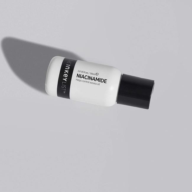 7 lọ serum đo ni đóng giày cho nàng da dầu: Hack da siêu mịn và còn kiềm dầu hiệu quả-4