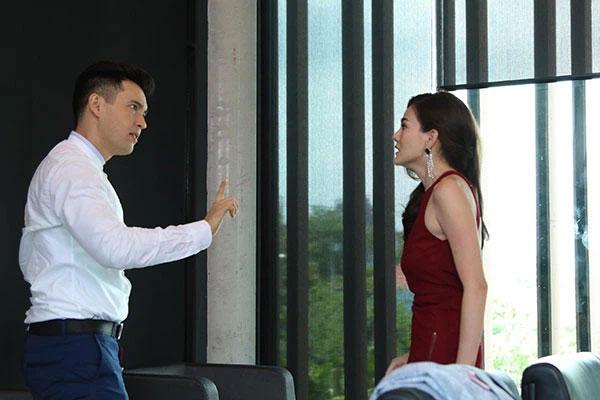 Chồng và nhà chồng đi hát karaoke về lúc đêm muộn, cảnh tượng bên trong khiến họ choáng váng, càng đứng hình trước lời tuyên bố của cô vợ-1