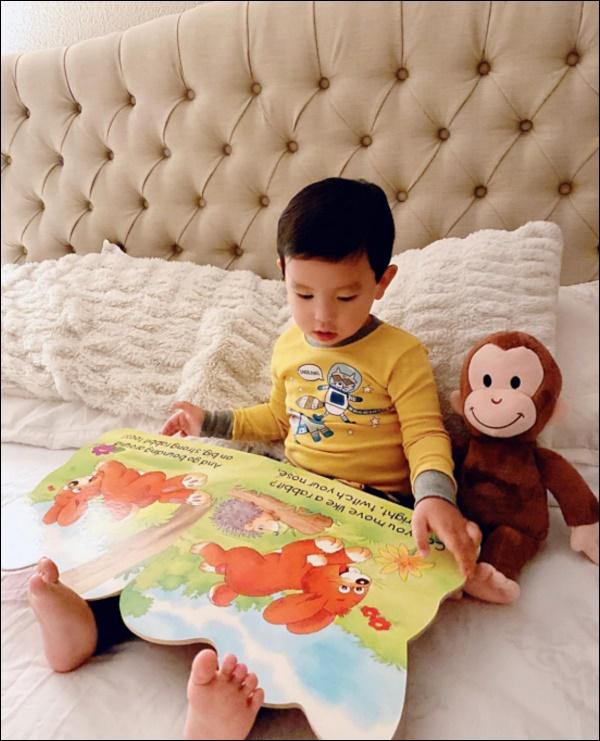 Quý tử nhà Phạm Hương hơn 2 tuổi đã dạn dĩ, độc lập, cách Hoa hậurèn luyện, dạy dỗ con thật đáng học hỏi-7