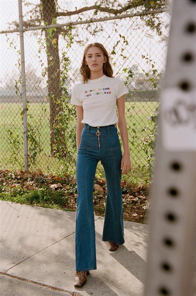 Kiểu quần jeans hack dáng cực đỉnh, vừa dài chân vừa tôn vòng 3 đỉnh của chóp đó các chị em-10