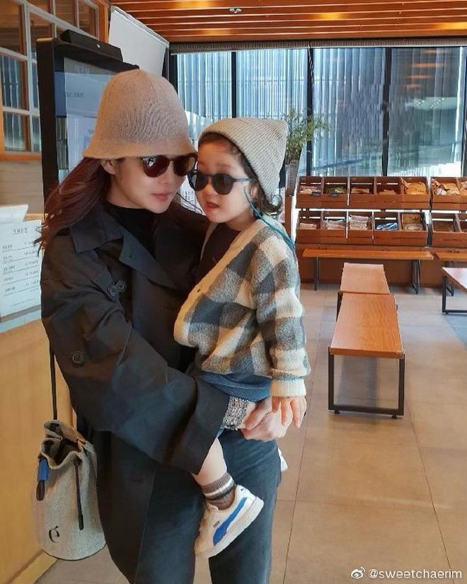 Nữ thần Chae Rim ở tuổi 42: Bỏ chồng về Hàn, một mình nuôi con, giã từ showbiz để kinh doanh-16