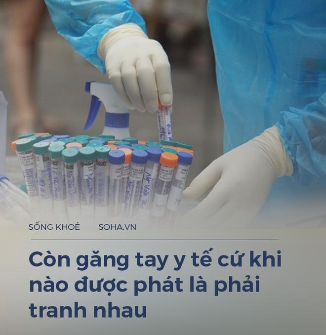 """Một điều dưỡng 23 năm làm ở Bạch Mai: Giờ chúng tôi phải tranh nhau cả găng tay y tế, lương thì có lúc không đủ đóng học cho con""""-3"""
