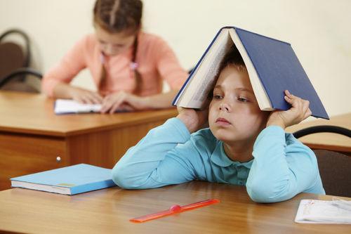 Cha mẹ bất lực vì thói quen lười biếng và trì hoãn kinh điểncủa con cái mà không biết lỗi lớn từ chính bản thân mình-1