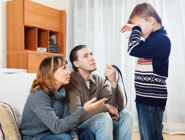 Cha mẹ bất lực vì thói quen lười biếng và trì hoãn kinh điểncủa con cái mà không biết lỗi lớn từ chính bản thân mình-3