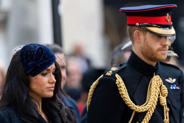 Hóa ra đây mới là lý do thực sự khiến Meghan nhất quyết không về chịu tang Hoàng tế Philip, đến Nữ hoàng Anh cũng phải đồng ý-1