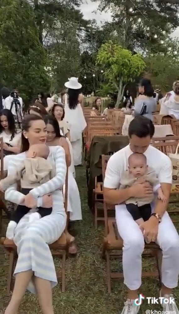 Gương mặt khó ở của quý tử Leon lại trở thành tâm điểm trong clip gia đình Hồ Ngọc Hà - Kim Lý ở Đà Lạt-4