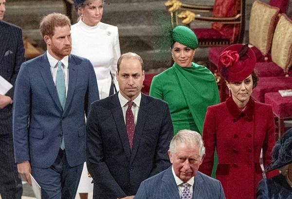 Quyết định tinh tế của Nữ hoàng Anh trước khi tang lễ Hoàng tế Philip được cử hành: Không chỉ giữ thể diện cho Harry mà còn tránh tạo ra drama-3