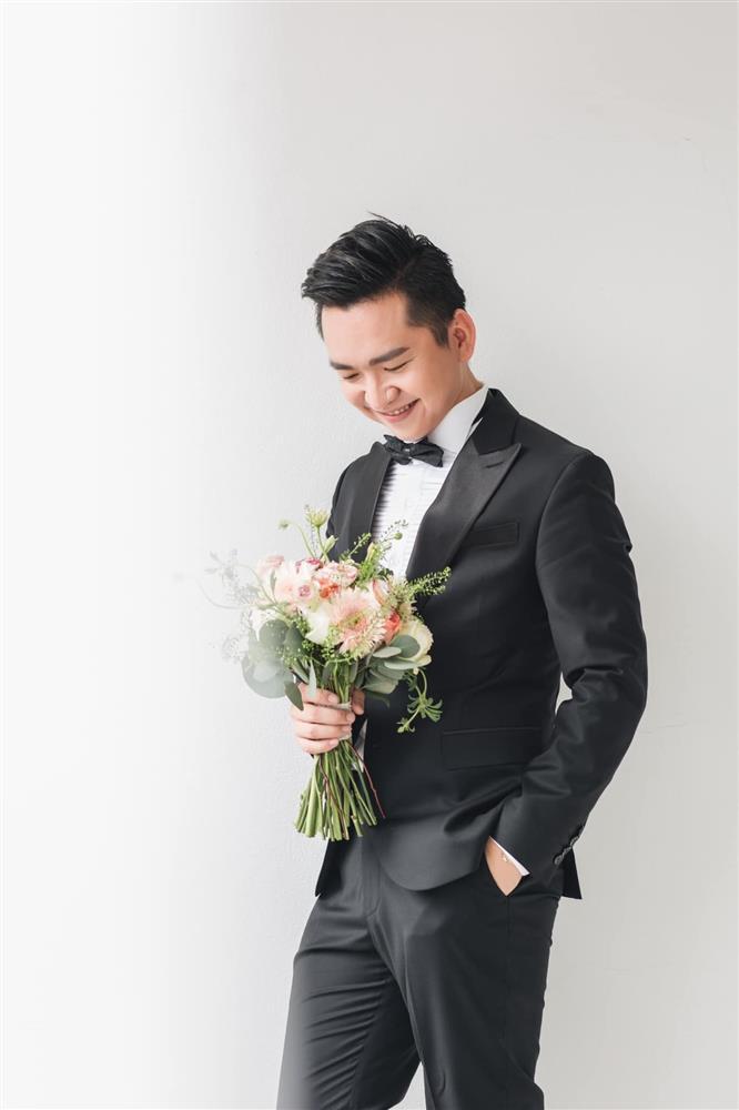 MC Hạnh Phúc VTV lần đầu đăng ảnh cưới sau hơn một năm kết hôn-6