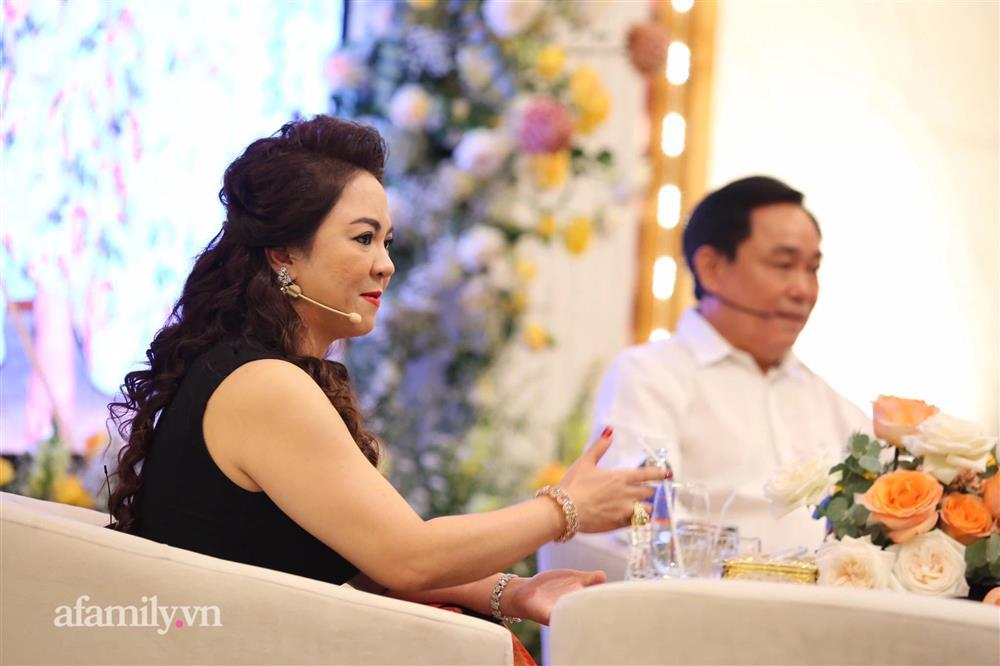 Bà Phương Hằng - vợ ông Dũng lò vôi chỉ đích danh nghệ sĩ Hoài Linh, thẳng thắn nhắn nhủ Trang Khàn-2